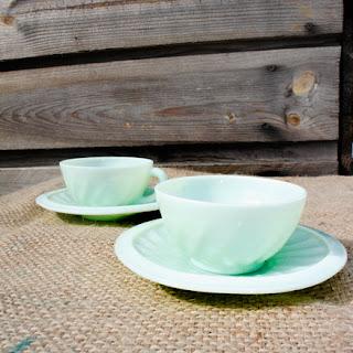 Tasses arcopal vert mint/celadon, années 50 ! La puce au grenier