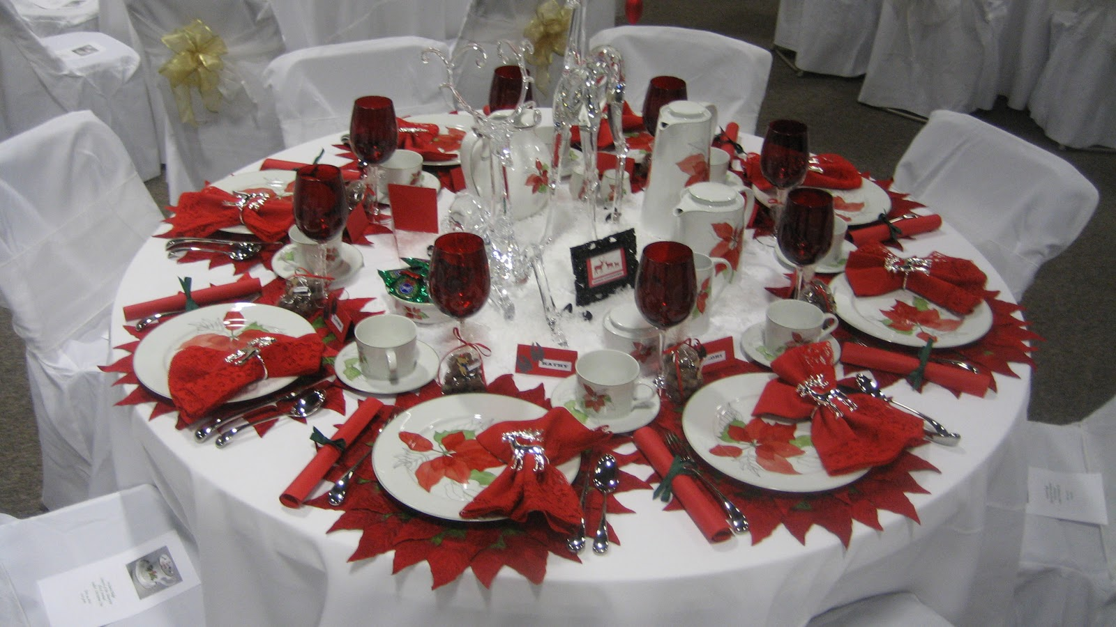 2010 Christmas Tea Tablescapes