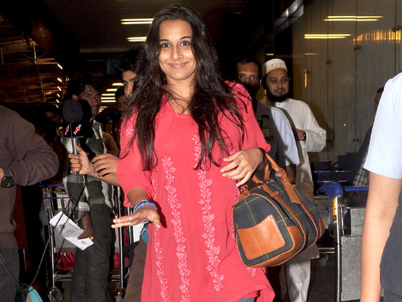 Vidya Balan1 - Vidya Balan leave for Zee Cine Awards