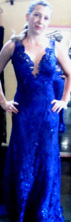 vestido de tule bordado