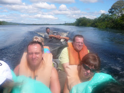 Russians Pasha and Yuli in charge ! Dugout canoe upriver to Angel Falls
