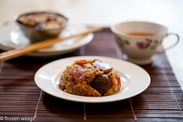 lo mai kai ( 糯米鸡 ) steamed glutinous rice with chicken