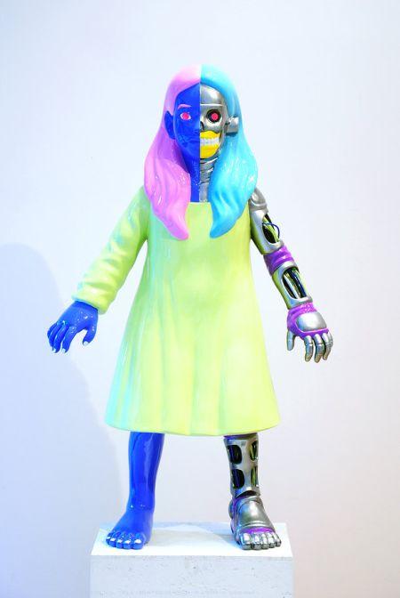 Takahiro Komuro esculturas macabras bizarras coloridas fofas monstros Cybergirl
