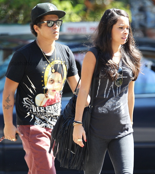 Jessica Caban, Bruno Mars' Girlfriend: 5 Fast Facts You ...