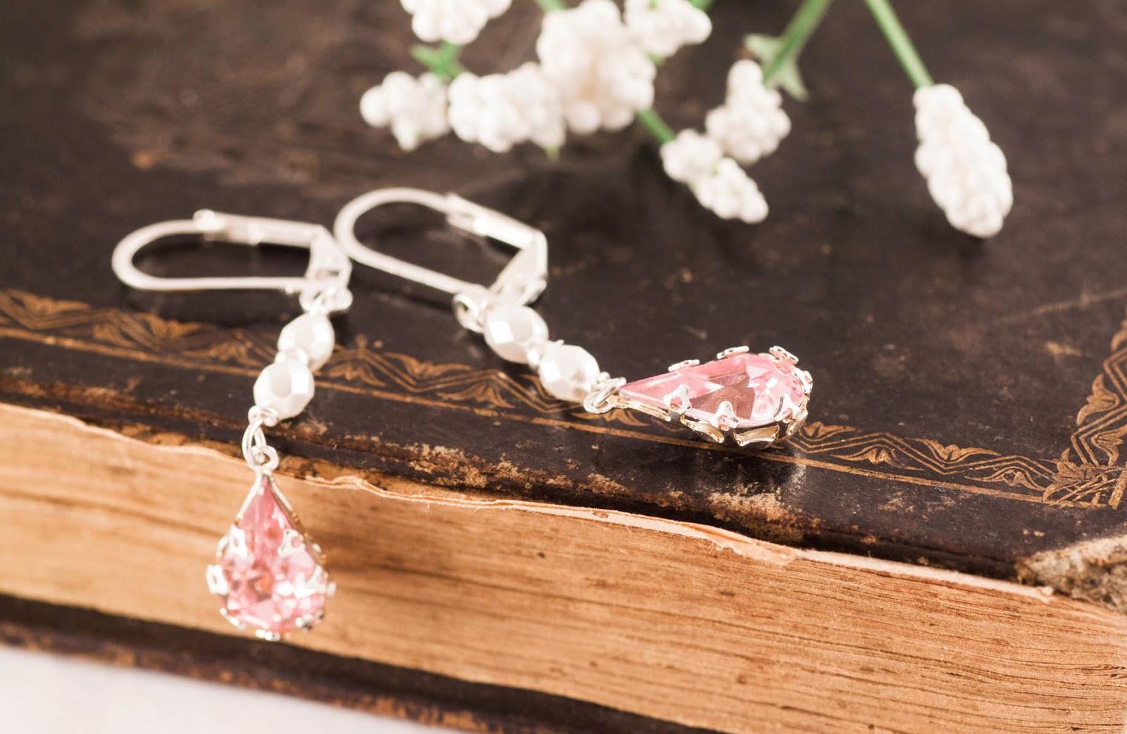 http://www.pinkbijou.com/index.php/pendientes-cristal-facetado/