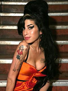 fotos de Mulheres com Tatuagens