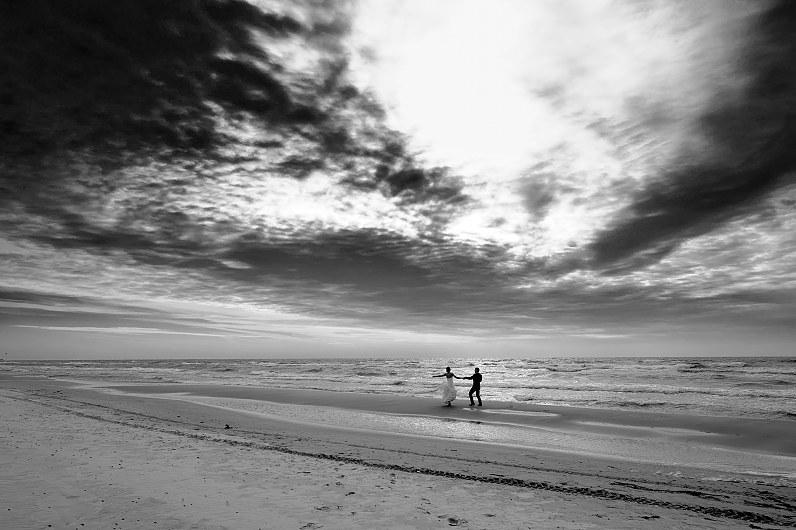 vestuvių fotografijos prie jūros palangoje