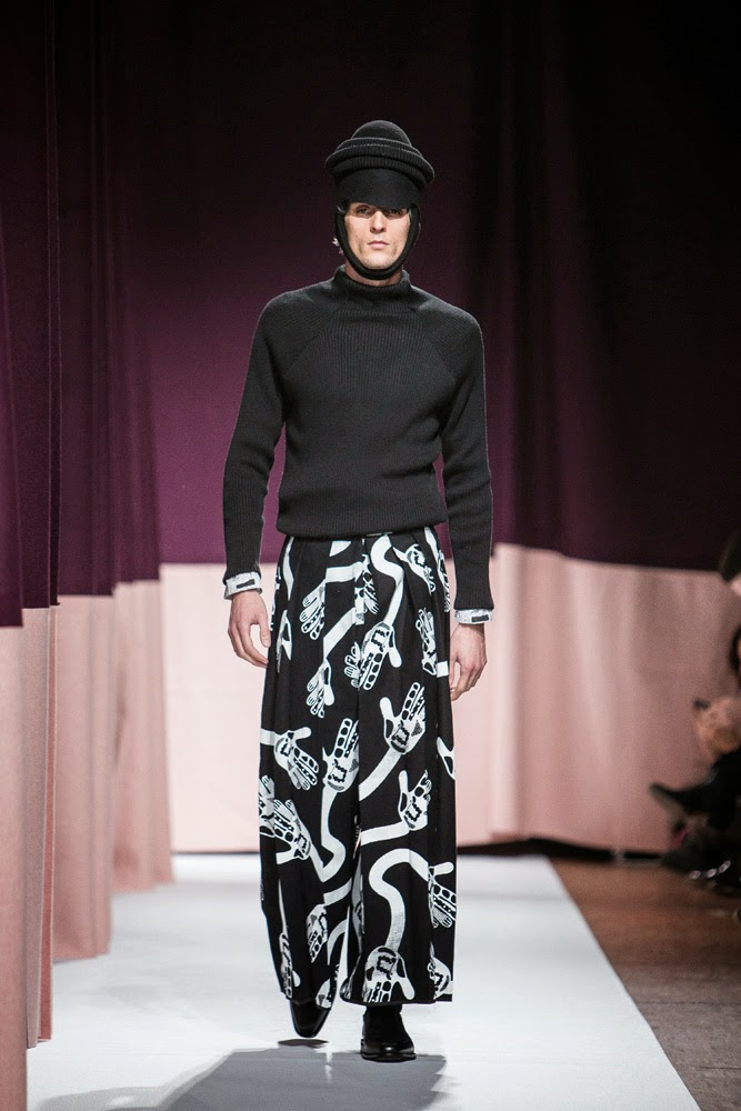 Henrik Vibskov AW15, Henrik Vibskov FW15, Henrik Vibskov Fall Winter 2015, Henrik Vibskov Autumn Winter 2015, Henrik Vibskov, du dessin aux podiums, dudessinauxpodiums, PFW, Pitti Uomo, mode homme, menswear, habits, prêt-à-porter, tendance fashion, blog mode homme, magazine mode homme, site mode homme, conseil mode homme, doudoune homme, veste homme, chemise homme, vintage look, dress to impress, dress for less, boho, unique vintage, alloy clothing, venus clothing, la moda, spring trends, tendance, tendance de mode, blog de mode, fashion blog, blog mode, mode paris, paris mode, fashion news, designer, fashion designer, moda in pelle, ross dress for less, fashion magazines, fashion blogs, mode a toi, revista de moda, vintage, vintage definition, vintage retro, top fashion, suits online, blog de moda, blog moda, ropa, blogs de moda, fashion tops, vetement tendance, fashion week, Paris Fashion Week