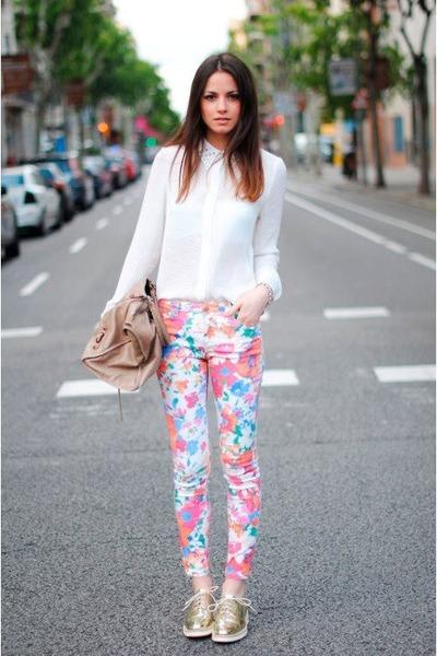 http://3.bp.blogspot.com/-Wv_qtFVpphw/UHwU2oVe3QI/AAAAAAAACwc/8Ynt6itZTio/s1600/shirt-floral-print-pants_400.jpg