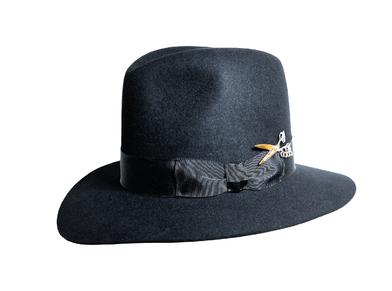 http://www.joshuakanebespoke.com/thegostickhat/the-gostick-hat