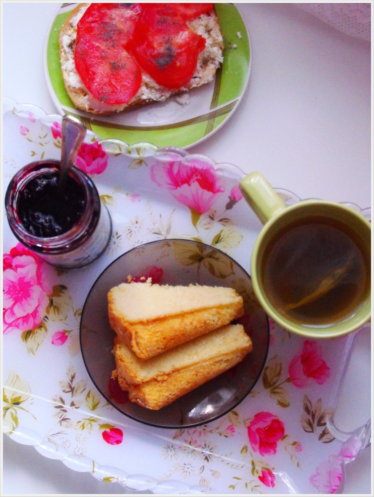 http://teczawsloiku.blogspot.com/2014/03/drugie-urodziny-bloga-i-najlepsza-babka.html