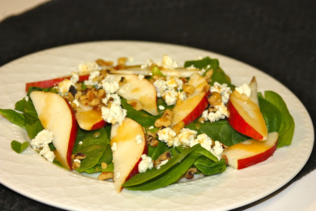Pear, Blue Cheese, and Walnut Salad with Maple Vinaigrette