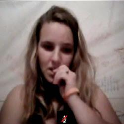 A loira gostosa do Skype - http://videosamadoresdenovinhas.com