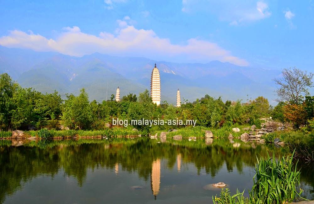 3 Pagodas in Dali, China