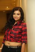 Priyanka latest glam pics-thumbnail-4