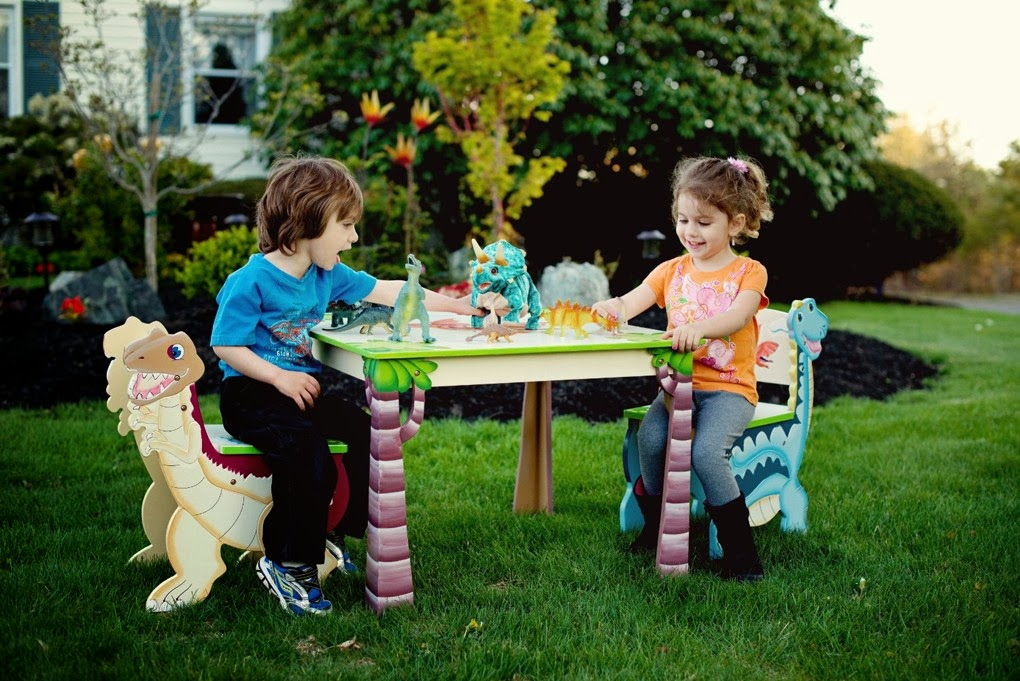 Teamson Dinosaur Table And Chair