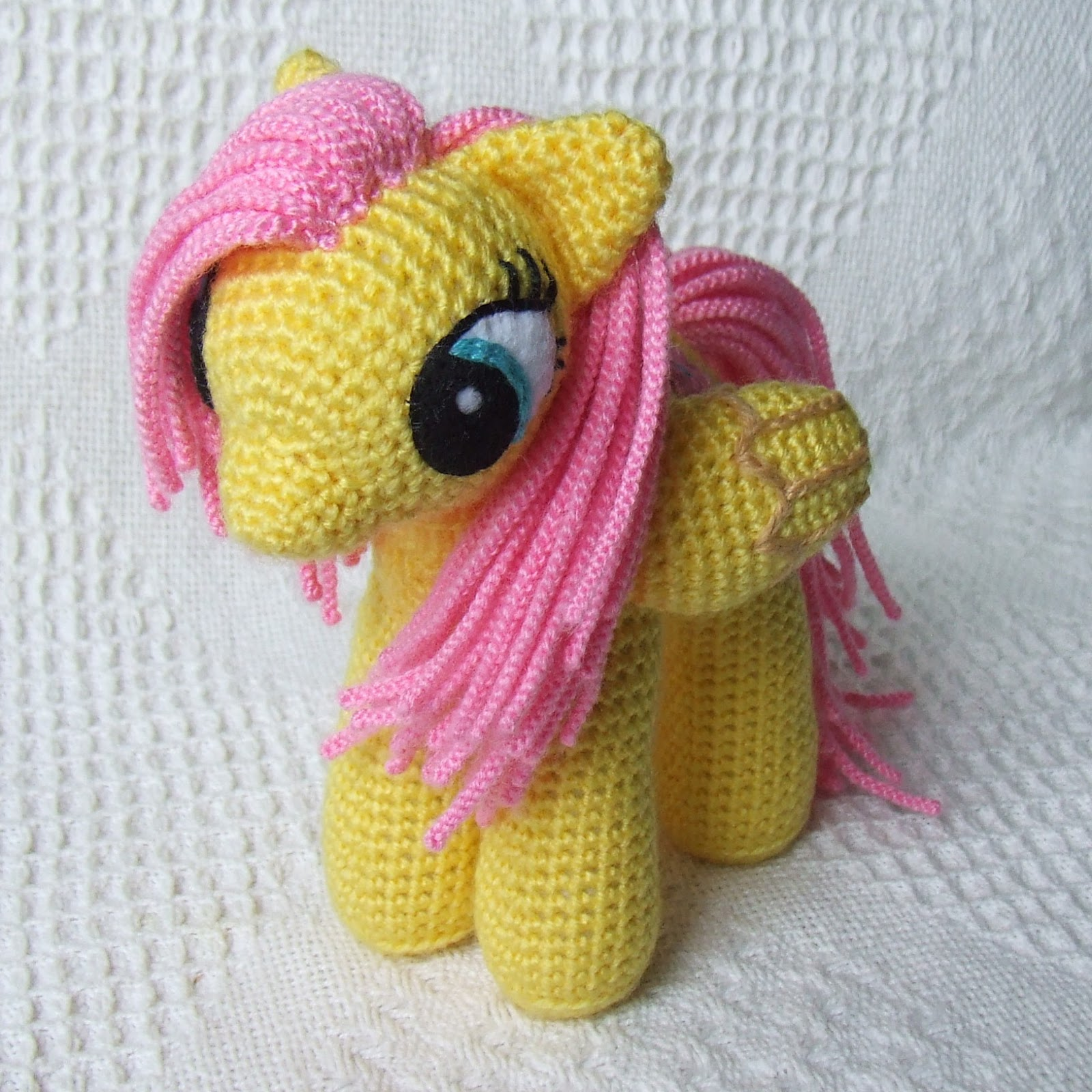 Free Crochet Pattern For My Little Pony Eyes : Knit One Awe Some: My Little Pony: Friendship is Magic