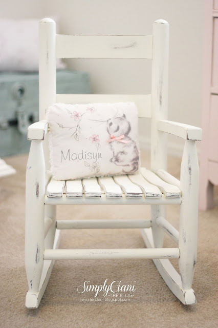 step by step annie sloan chalk paint tutorial simply ciani. Black Bedroom Furniture Sets. Home Design Ideas
