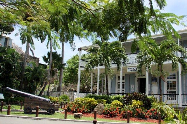 Museo del Muelle de Nelson Nelson's Dockyard Museum en el Puerto Ingles English Harbour en Antigua