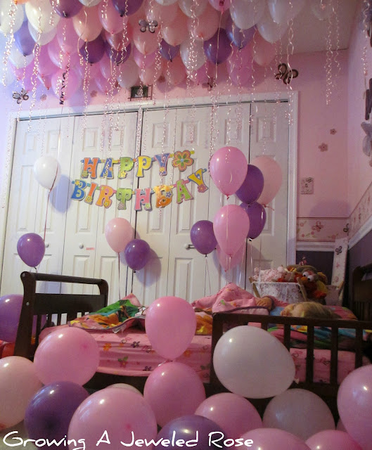 fill room with balloons for birthday