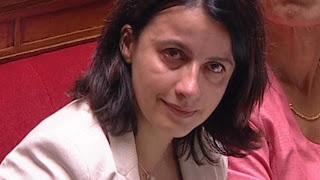 Cécile Duflot au bord des  larmes à l'Assemblée