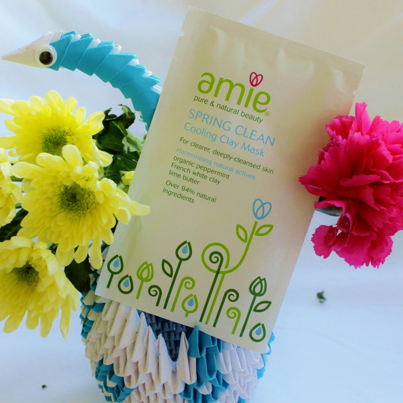 Amie Spring Clean Cooling Clay Mask Review Liviatiana