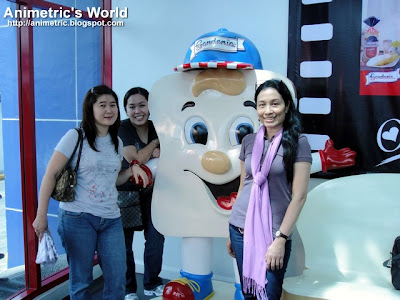 With Gardee, Gardenia's official mascot