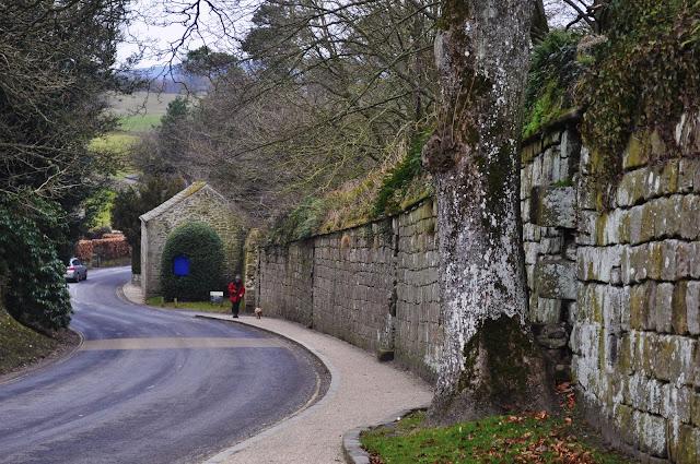 Walking along Yorkshire Road