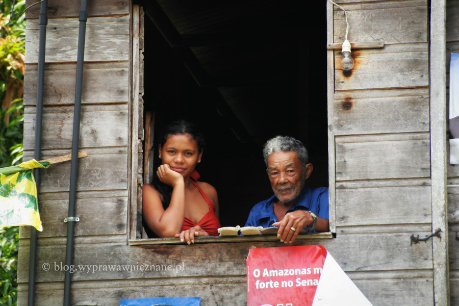 zdjęcie Brazylia Atalaya dżungla amazońska w oknie