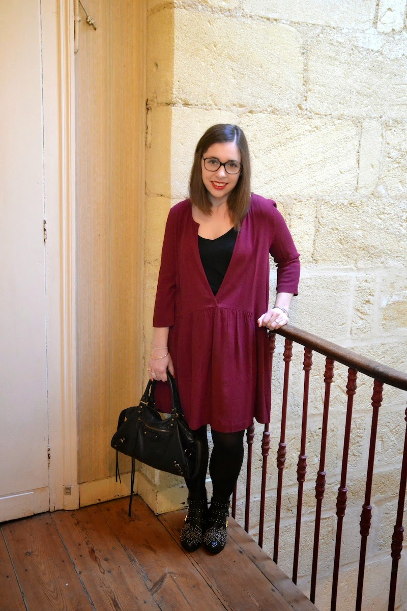 robe ANZY de BA&SH couleur prune boots suzanna et city bag balenciaga