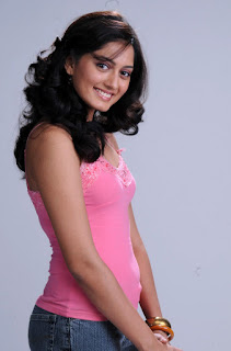 Parvathy new cute actress in a Lovely Pink Tank Top WOW
