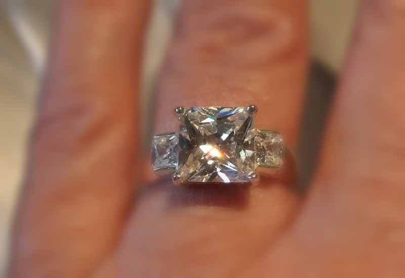 invoguejewelry what exactly is a cz what is moissanite
