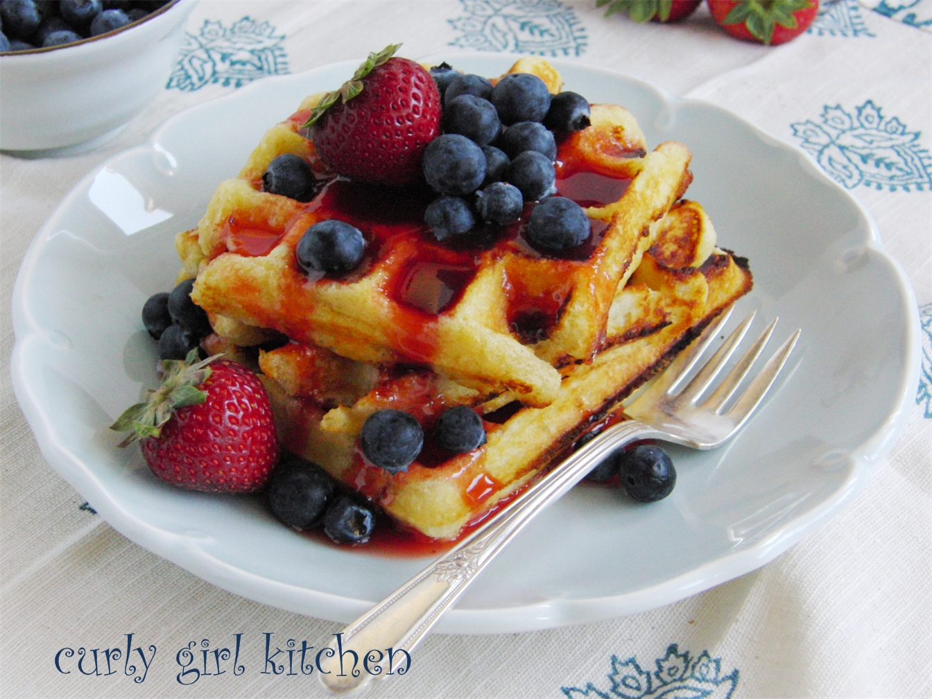 decided that last Sunday should be a waffle morning. Fresh blueberries ...