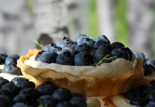Tartaletki z mascarpone i  borówkami amerykańskimi
