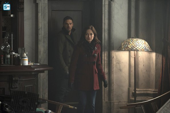 Beauty and the Beast - Sins of the Fathers - Review