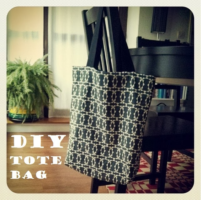 funky sunday diy le tote bag r versible. Black Bedroom Furniture Sets. Home Design Ideas