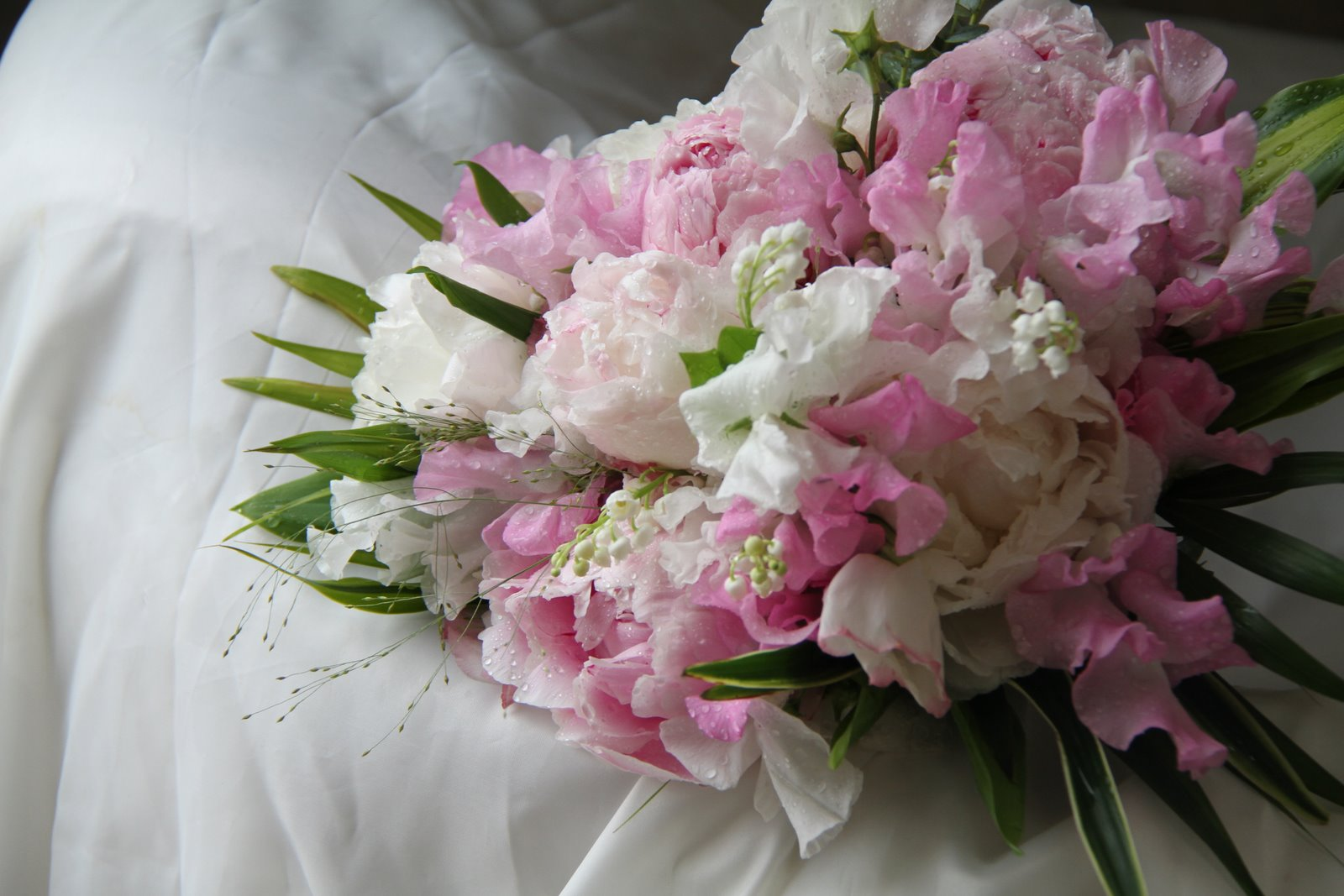 Sweet Peas U0026 Peonies Yummy. Soft And Blousy, Gentle And Romantic, Pink And  Ivory Wedding Bouquet