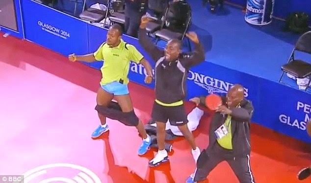 nigerias-ojo-onaolapo-being-lifted-by-teammates-aftnigeria-the-bronze-medal_04