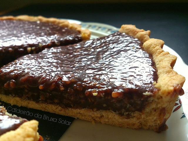 Torta de chocolate e castanha de caju