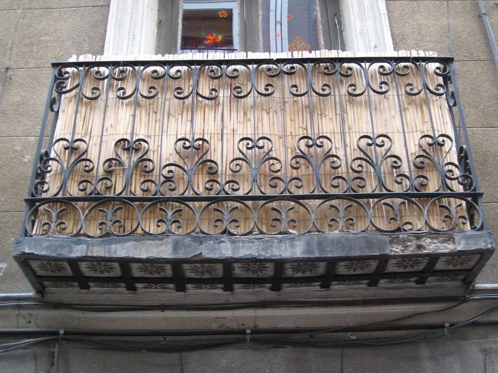 Suspiros por madrid junio 2013 - Balcones de forja antiguos ...