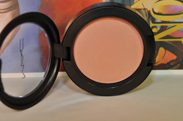 MAC blush in Fun Ending