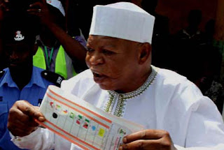 Late Abubakar Audu casting his vote shortly before the fatal illness