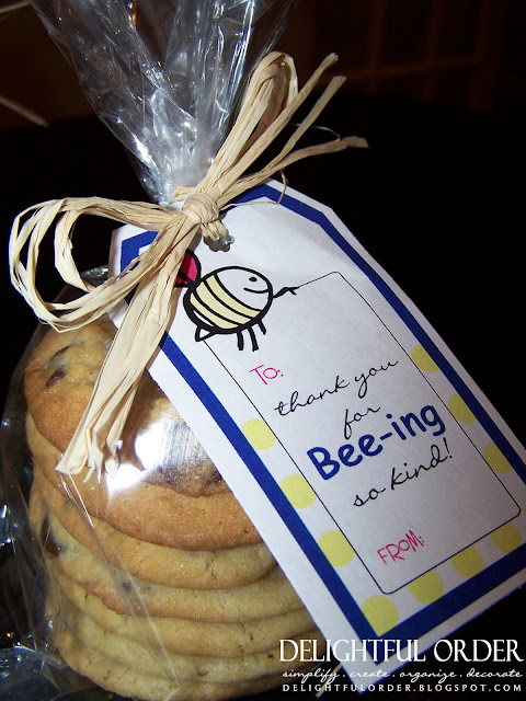 http://blog.delightfulorder.com/2011/07/homemade-cookie-gift-idea.html