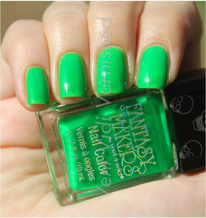 Wet n Wild Fantasy Makers 2014 Queen of Envy Nail Polish