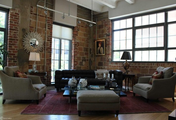 CHIC LOFT OF NEW YORK