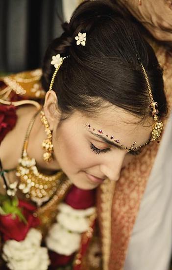 Asian Bridal Hairstyle : Asian bridal hairstyles looks