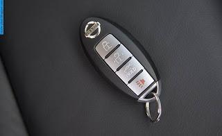 Nissan sentra car 2013 key - صور مفاتيح سيارة نيسان سنترا 2013
