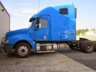Freightliner Columbia Semi Truck