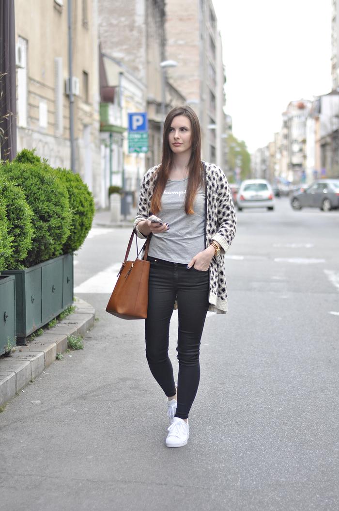 aleksandra skorupan, velvet and milk blog, street style, mango, adidas superstar, michael kors