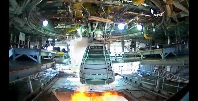 RS-25 engine completes key full-duration test on Aug. 13, 2015. Credit: Aerojet Rocketdyne